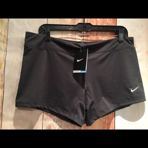 NWT Nike Dri-Fit women's perf volleyball shorts